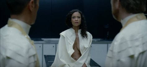 westworld-episode-7-thandie-newton-maeve-millay1