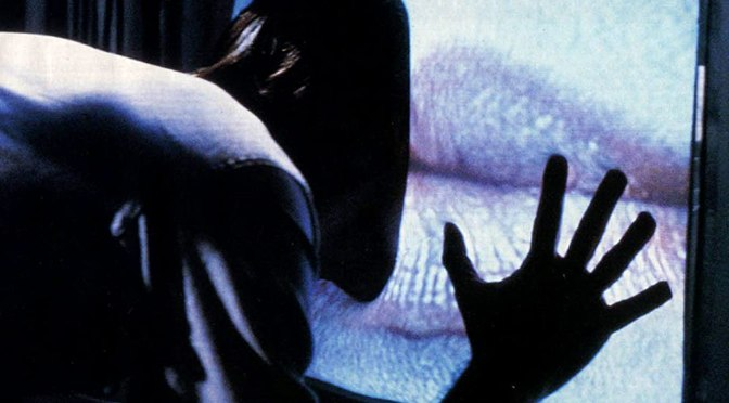 CULT FILM REVIEW  – VIDEODROME (1983)